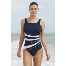 Nicola Jane 9284 Bather